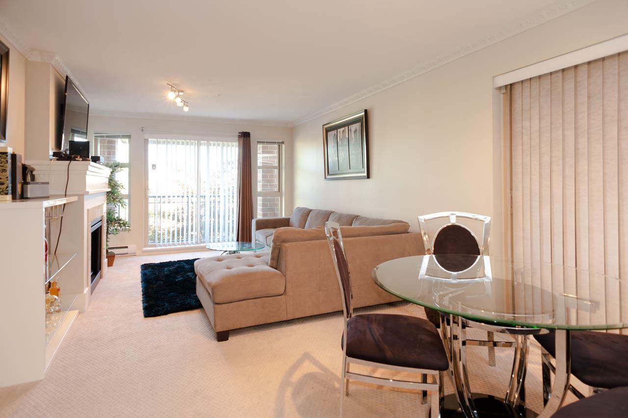 Condo Apartment at 1212 5115 GARDEN CITY ROAD, Unit 1212, Richmond, British Columbia. Image 4