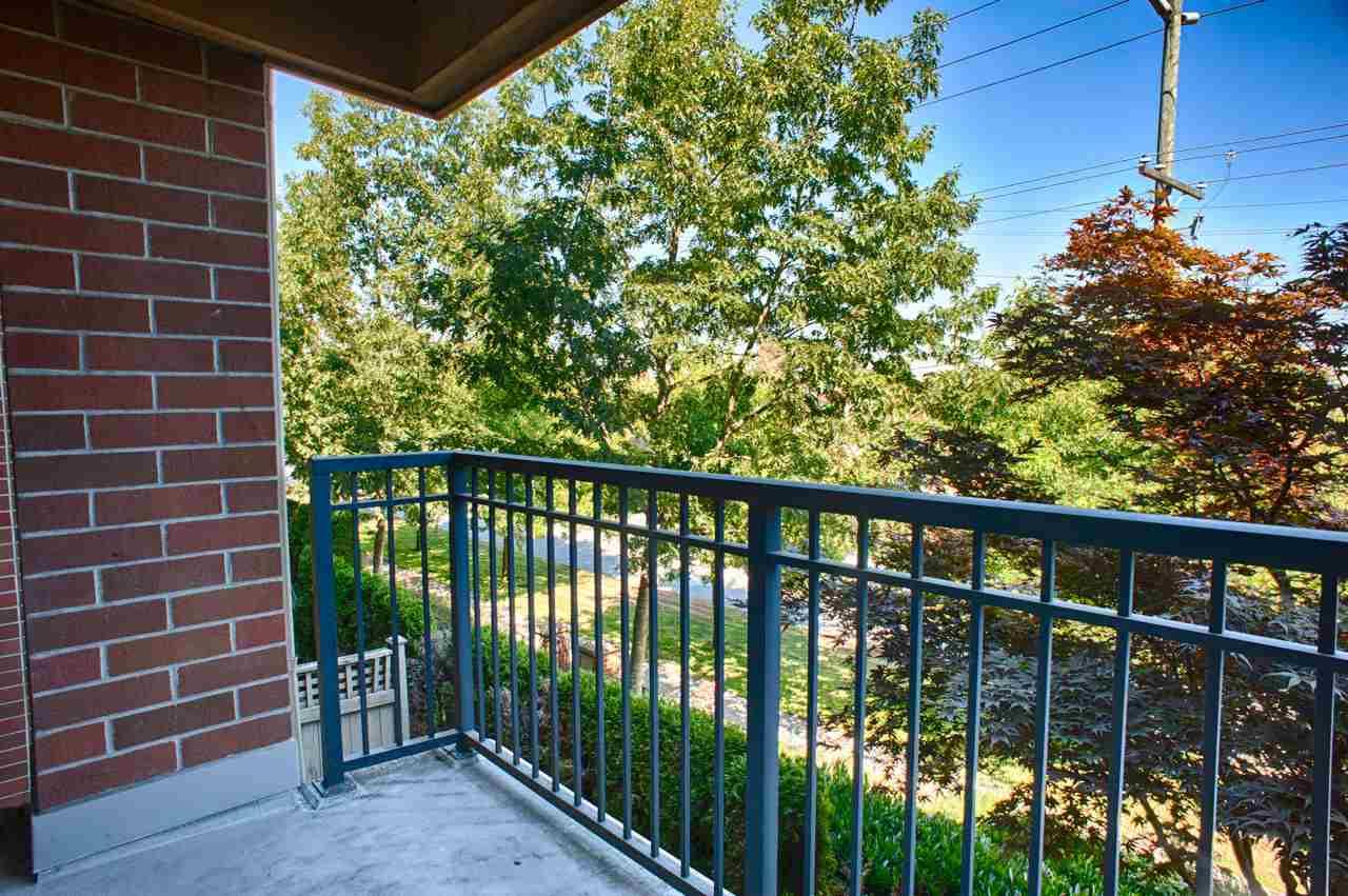 Condo Apartment at 1212 5115 GARDEN CITY ROAD, Unit 1212, Richmond, British Columbia. Image 16