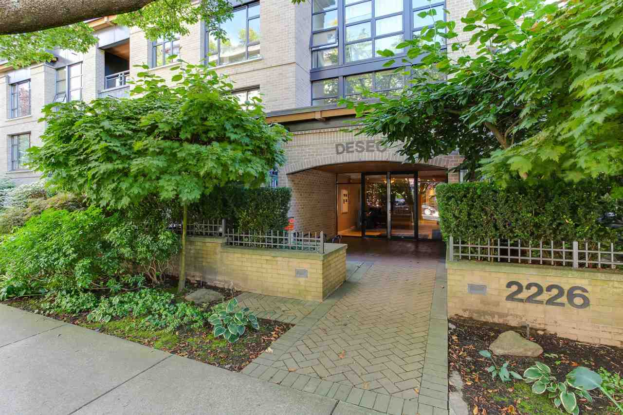 Condo Apartment at 403 2226 W 12TH AVENUE, Unit 403, Vancouver West, British Columbia. Image 1
