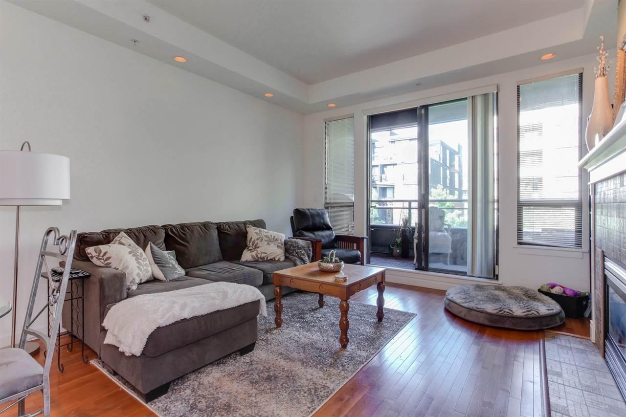 Condo Apartment at 403 2226 W 12TH AVENUE, Unit 403, Vancouver West, British Columbia. Image 8