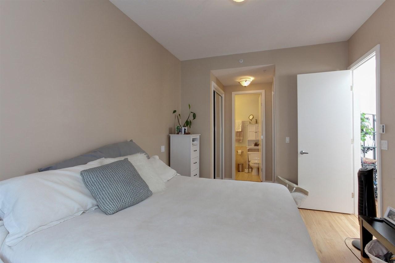 Condo Apartment at 403 2226 W 12TH AVENUE, Unit 403, Vancouver West, British Columbia. Image 13