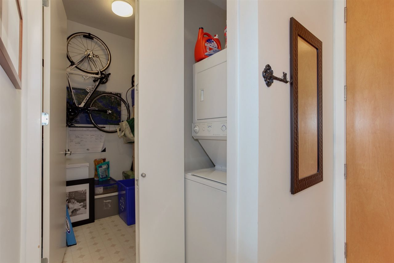 Condo Apartment at 403 2226 W 12TH AVENUE, Unit 403, Vancouver West, British Columbia. Image 19