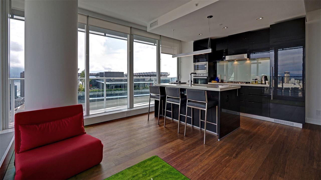 Condo Apartment at 3706 777 RICHARDS STREET, Unit 3706, Vancouver West, British Columbia. Image 2