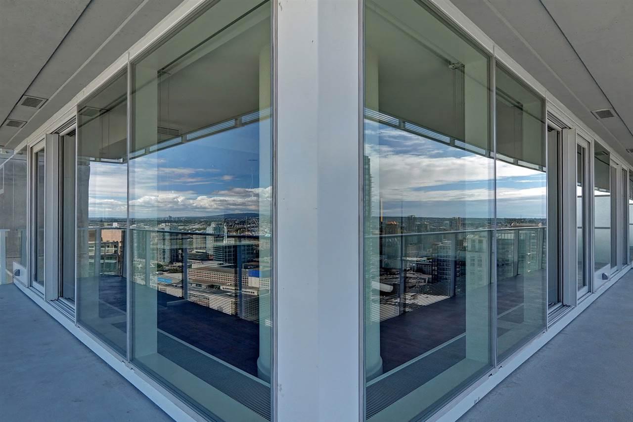 Condo Apartment at 3706 777 RICHARDS STREET, Unit 3706, Vancouver West, British Columbia. Image 11