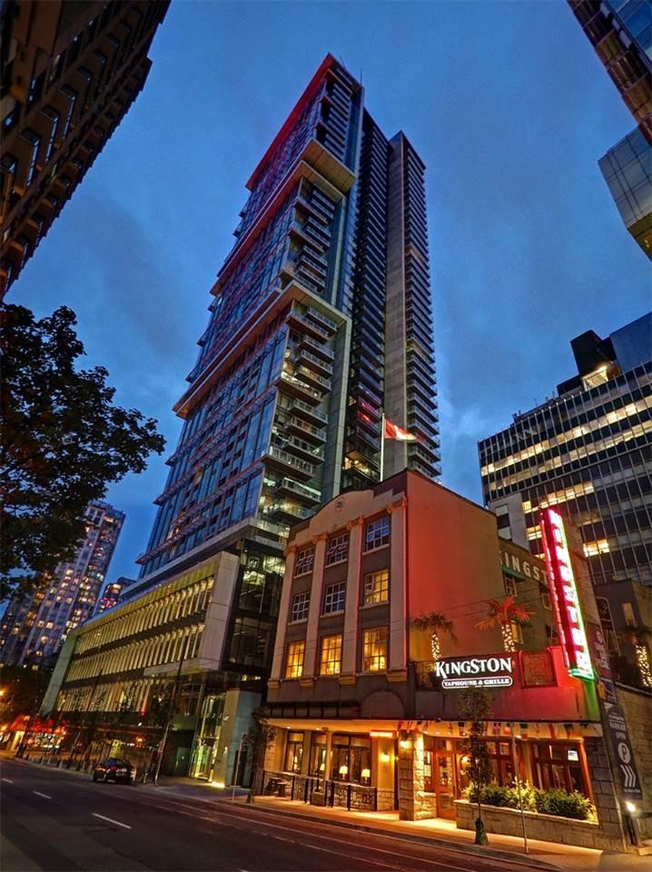Condo Apartment at 3706 777 RICHARDS STREET, Unit 3706, Vancouver West, British Columbia. Image 19