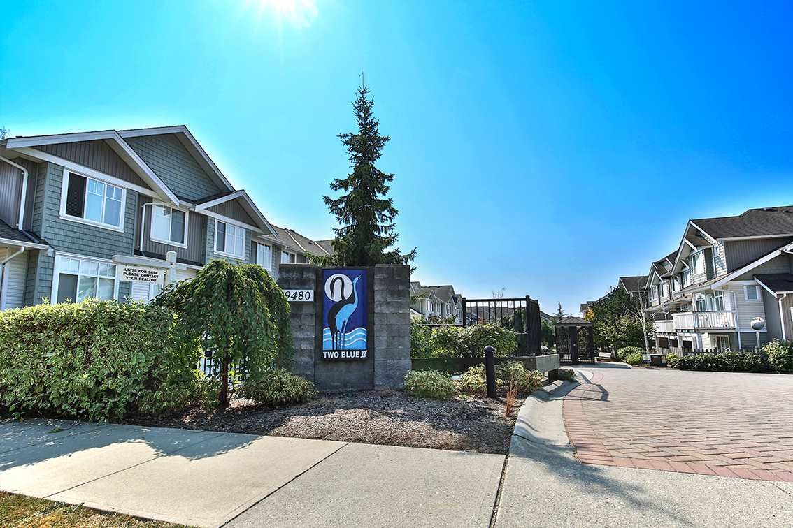 Townhouse at 52 19480 66TH AVENUE, Unit 52, Cloverdale, British Columbia. Image 1
