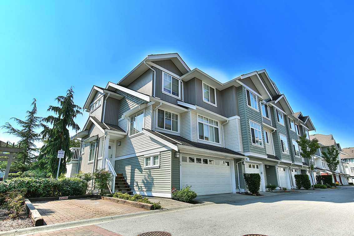 Townhouse at 52 19480 66TH AVENUE, Unit 52, Cloverdale, British Columbia. Image 2