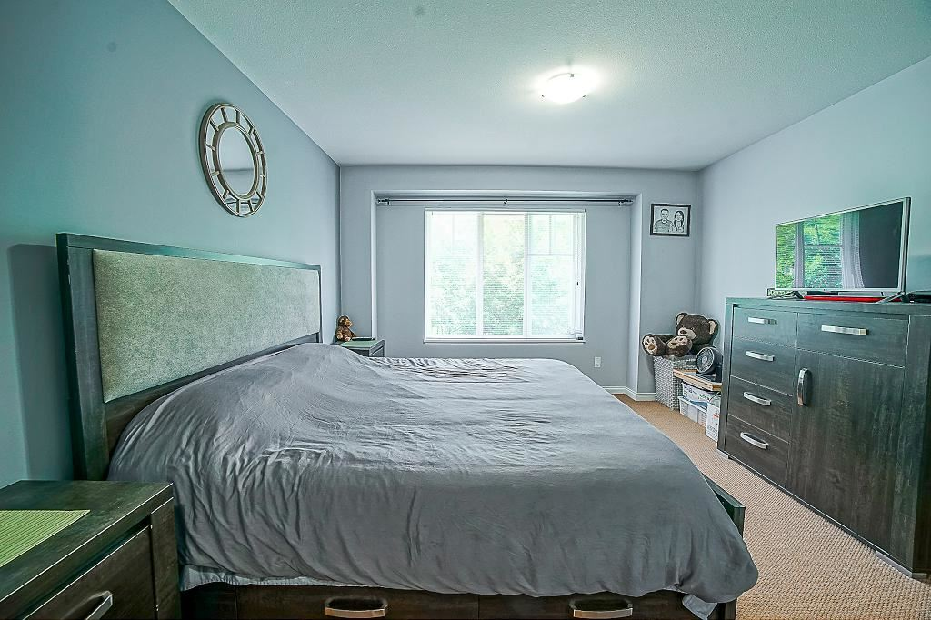 Townhouse at 60 19455 65 AVENUE, Unit 60, Cloverdale, British Columbia. Image 17