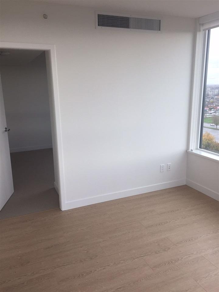 Condo Apartment at 1703 8833 HAZELBRIDGE WAY, Unit 1703, Richmond, British Columbia. Image 7