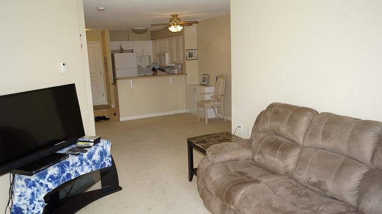 Condo Apartment at 201 960 LYNN VALLEY ROAD, Unit 201, North Vancouver, British Columbia. Image 12