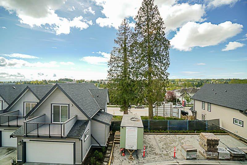Townhouse at 16 14555 68 AVENUE, Unit 16, Surrey, British Columbia. Image 8