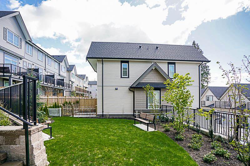 Townhouse at 16 14555 68 AVENUE, Unit 16, Surrey, British Columbia. Image 13