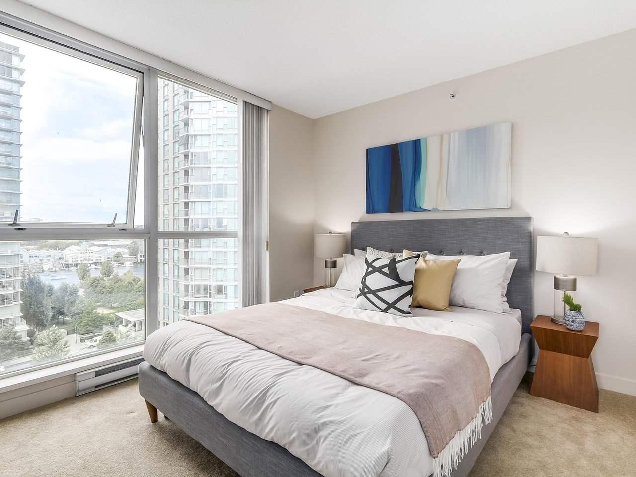 Condo Apartment at 1102 1408 STRATHMORE MEWS, Unit 1102, Vancouver West, British Columbia. Image 10