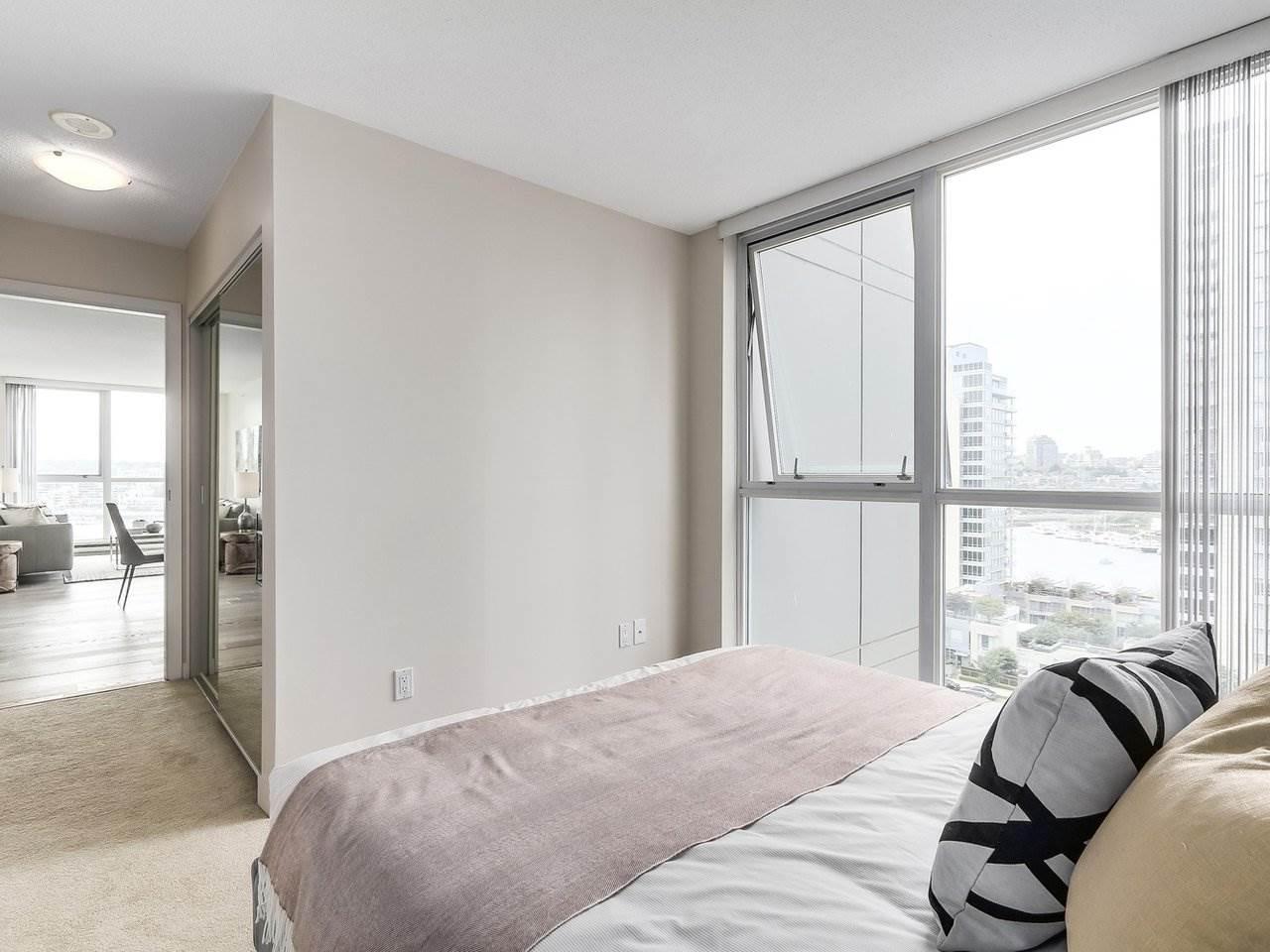 Condo Apartment at 1102 1408 STRATHMORE MEWS, Unit 1102, Vancouver West, British Columbia. Image 11