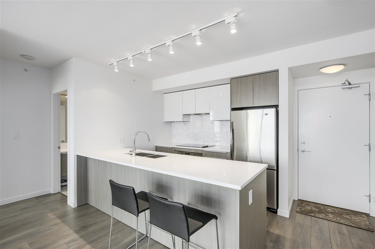 Condo Apartment at 1208 6461 TELFORD AVENUE, Unit 1208, Burnaby South, British Columbia. Image 6