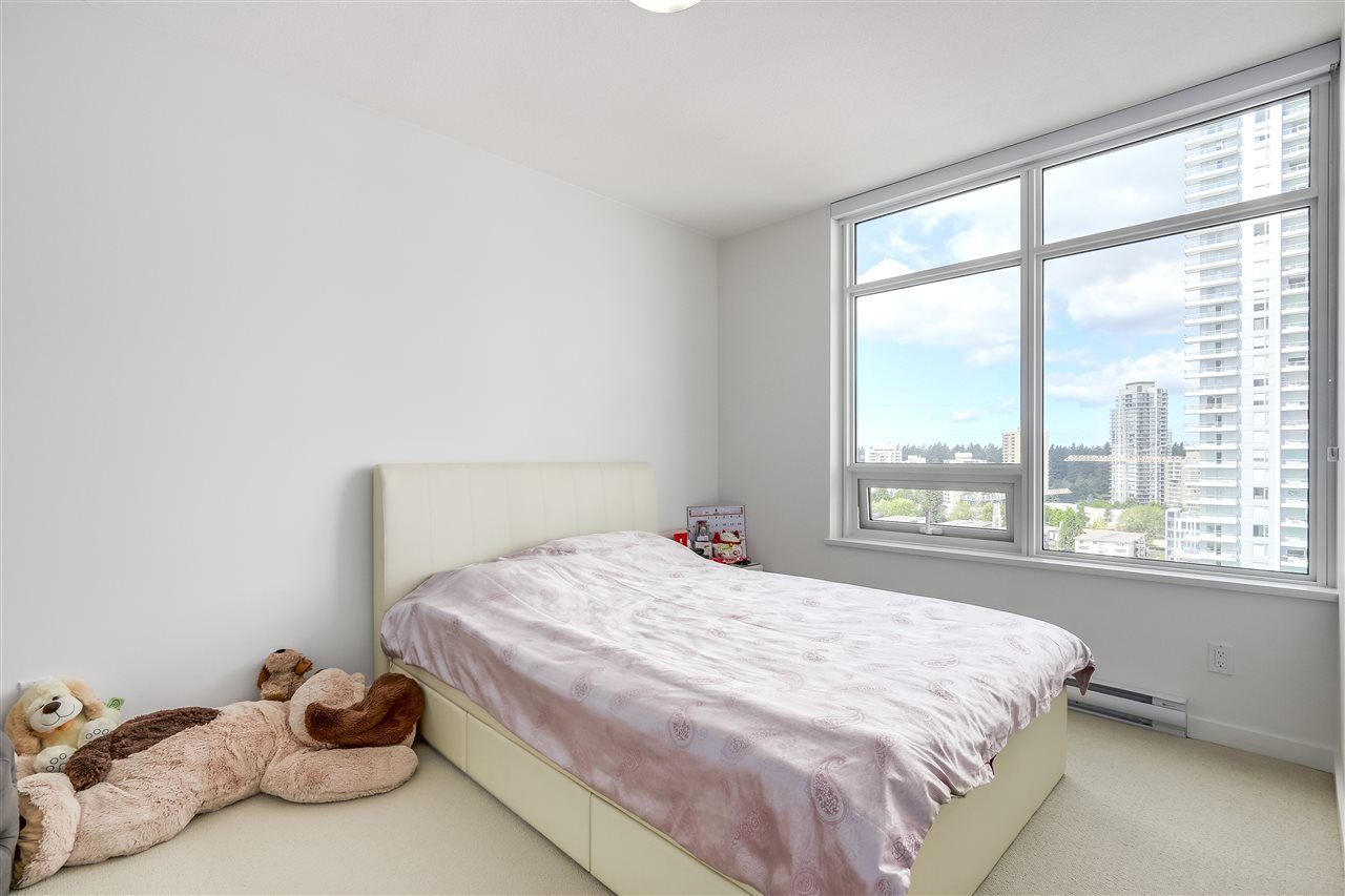 Condo Apartment at 1208 6461 TELFORD AVENUE, Unit 1208, Burnaby South, British Columbia. Image 12