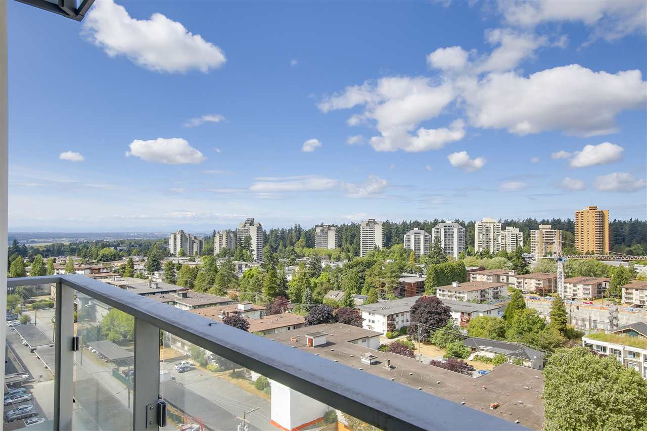 Condo Apartment at 1208 6461 TELFORD AVENUE, Unit 1208, Burnaby South, British Columbia. Image 17