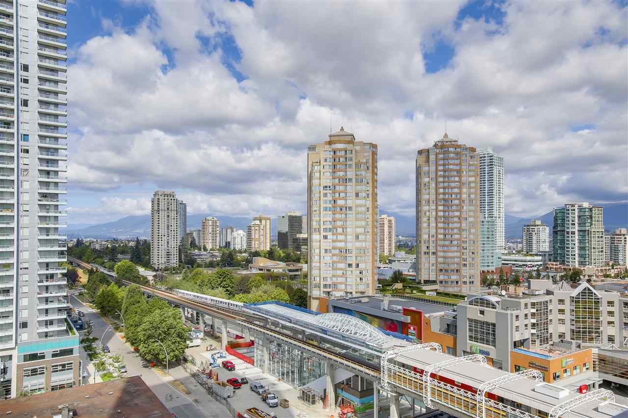 Condo Apartment at 1208 6461 TELFORD AVENUE, Unit 1208, Burnaby South, British Columbia. Image 18