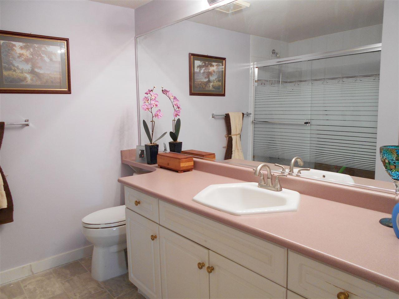 Condo Apartment at 207 13870 70 AVENUE, Unit 207, Surrey, British Columbia. Image 16