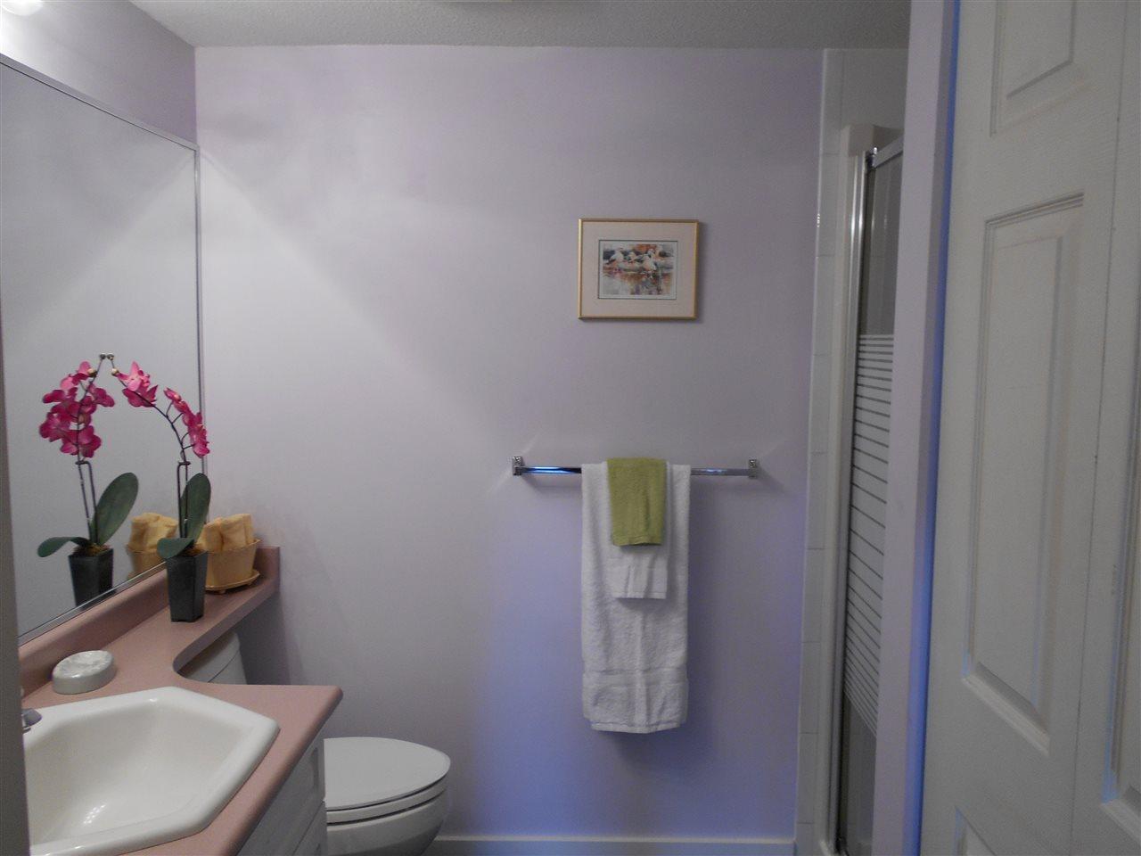 Condo Apartment at 207 13870 70 AVENUE, Unit 207, Surrey, British Columbia. Image 17