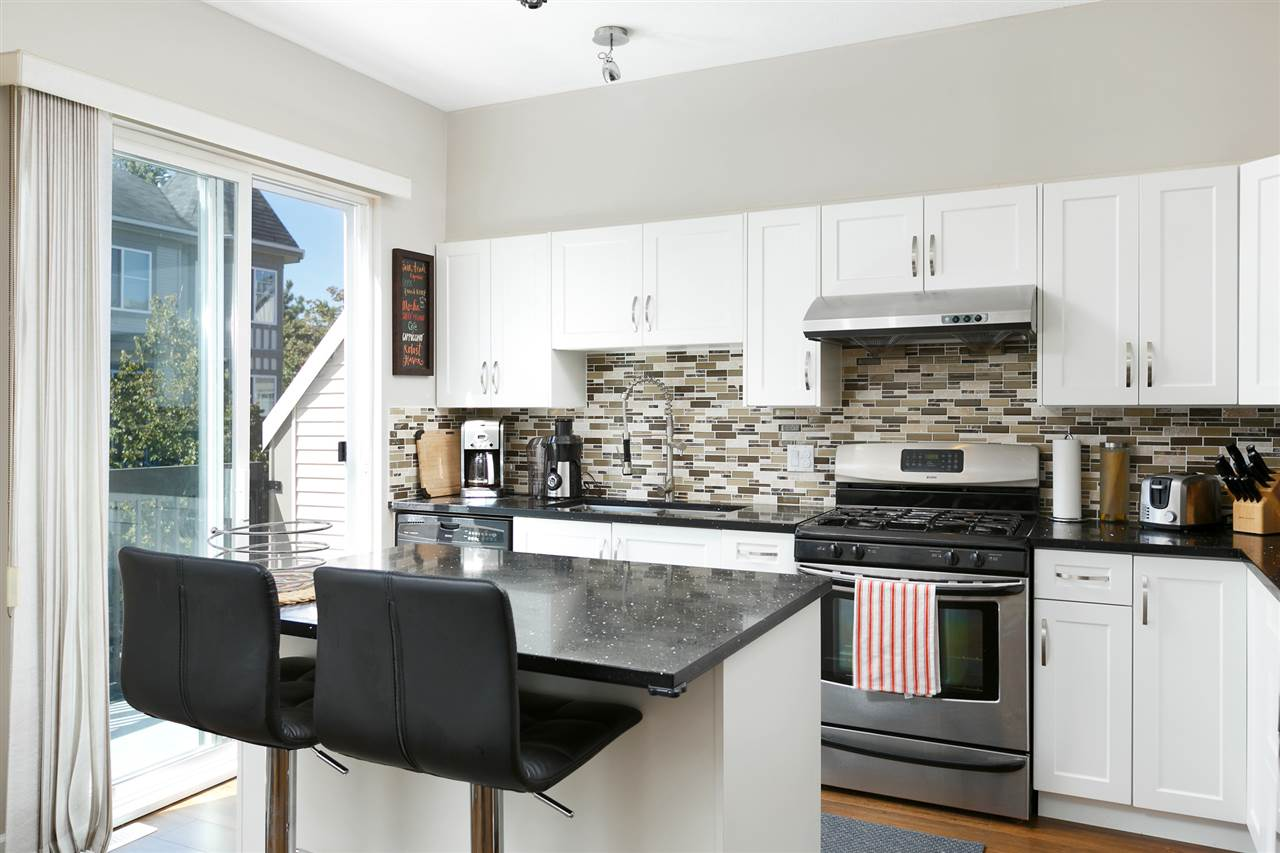 Townhouse at 112 3880 WESTMINSTER HIGHWAY, Unit 112, Richmond, British Columbia. Image 3