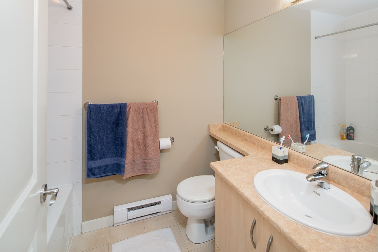 Townhouse at 34 22380 SHARPE AVENUE, Unit 34, Richmond, British Columbia. Image 13