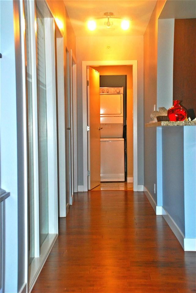 Condo Apartment at 301 583 BEACH CRESCENT, Unit 301, Vancouver West, British Columbia. Image 9