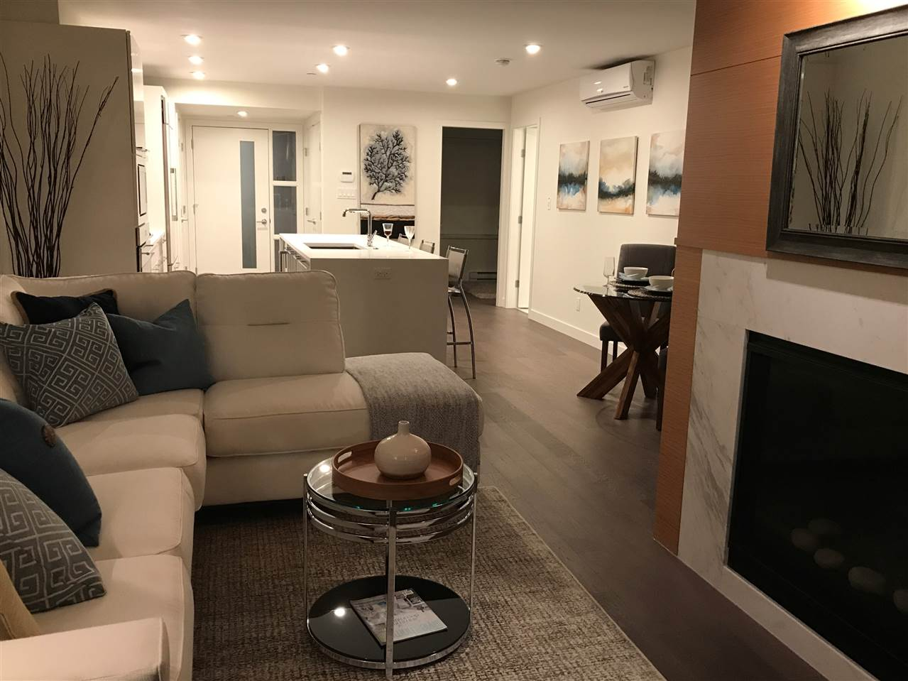 Condo Apartment at 203 1150 OXFORD STREET, Unit 203, South Surrey White Rock, British Columbia. Image 7