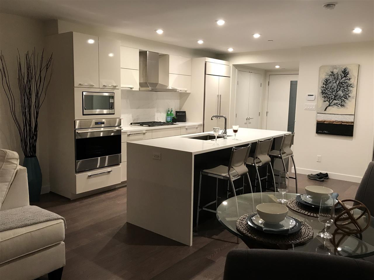 Condo Apartment at 203 1150 OXFORD STREET, Unit 203, South Surrey White Rock, British Columbia. Image 10