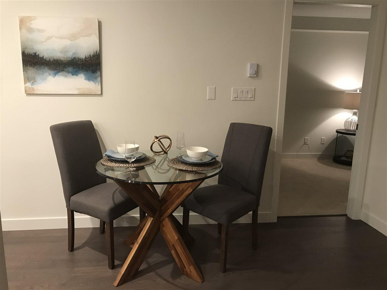 Condo Apartment at 203 1150 OXFORD STREET, Unit 203, South Surrey White Rock, British Columbia. Image 12
