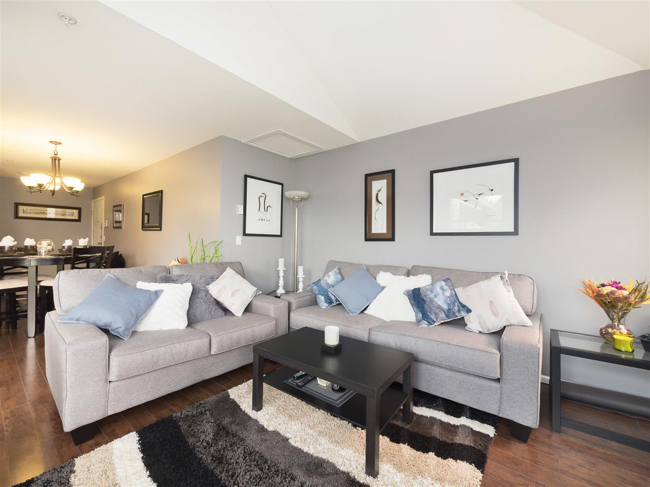 Condo Apartment at 301 1558 GRANT AVENUE, Unit 301, Port Coquitlam, British Columbia. Image 2