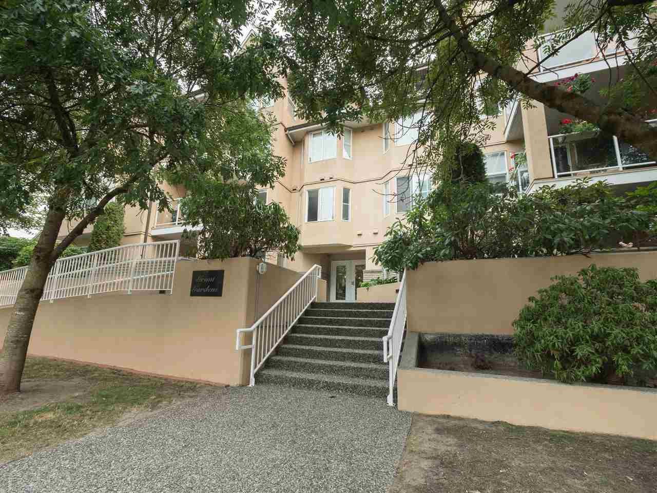 Condo Apartment at 301 1558 GRANT AVENUE, Unit 301, Port Coquitlam, British Columbia. Image 19