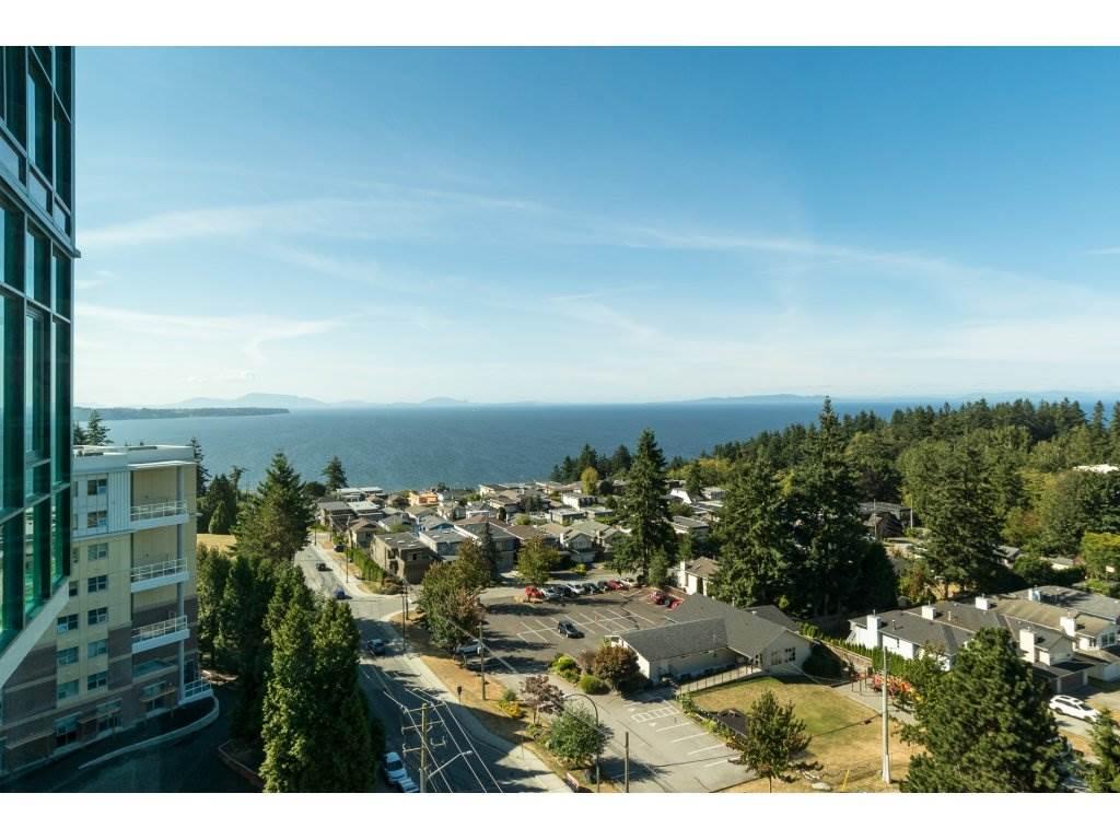 Condo Apartment at 1002 14824 NORTH BLUFF ROAD, Unit 1002, South Surrey White Rock, British Columbia. Image 2