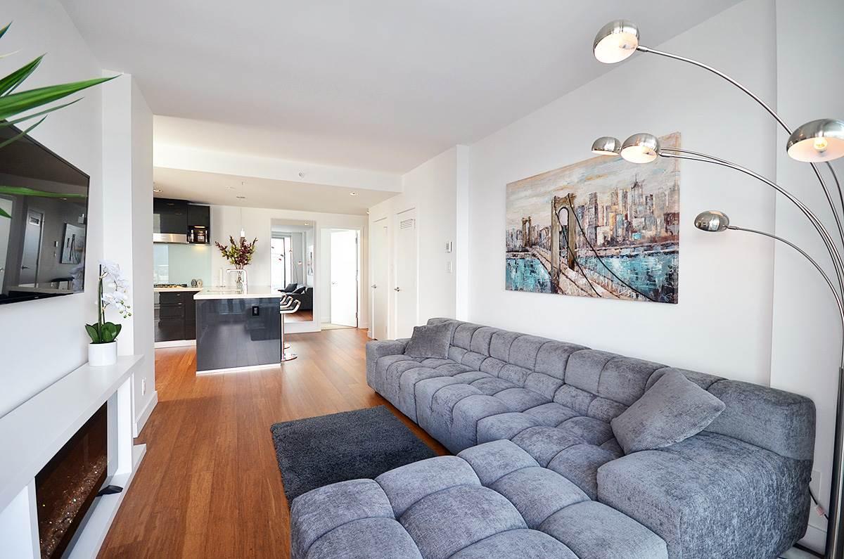 Condo Apartment at 3907 777 RICHARDS STREET, Unit 3907, Vancouver West, British Columbia. Image 7