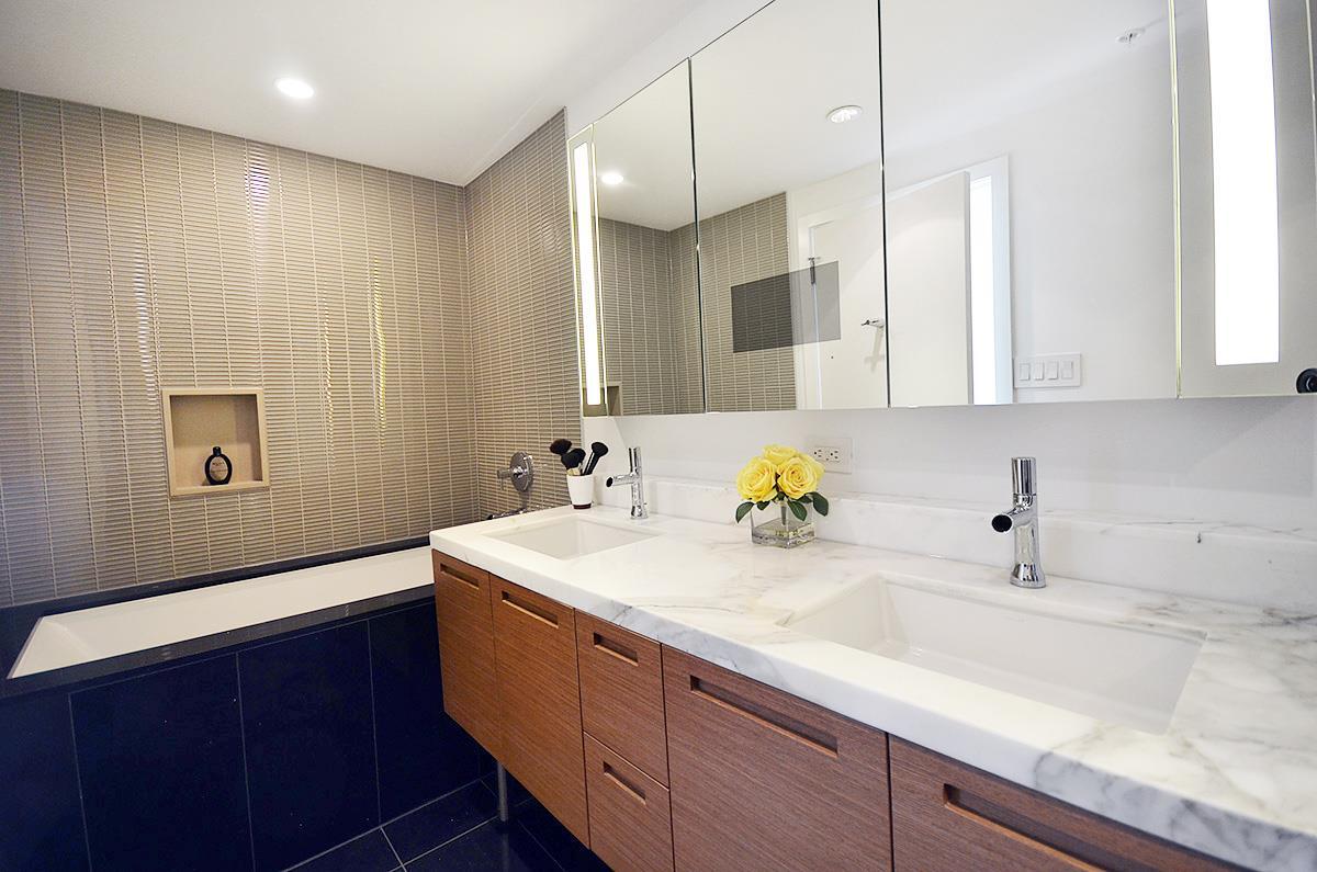 Condo Apartment at 3907 777 RICHARDS STREET, Unit 3907, Vancouver West, British Columbia. Image 11