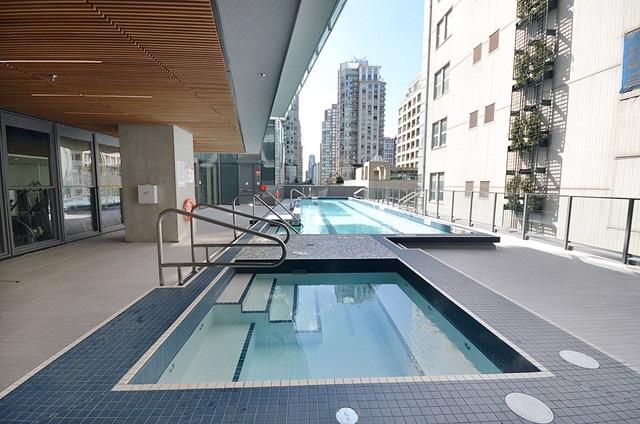 Condo Apartment at 3907 777 RICHARDS STREET, Unit 3907, Vancouver West, British Columbia. Image 19