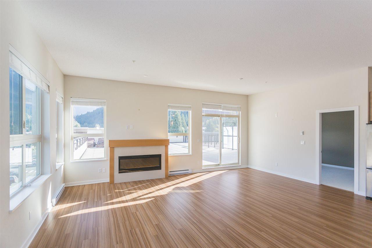 Condo Apartment at 404 7445 FRONTIER STREET, Unit 404, Pemberton, British Columbia. Image 3