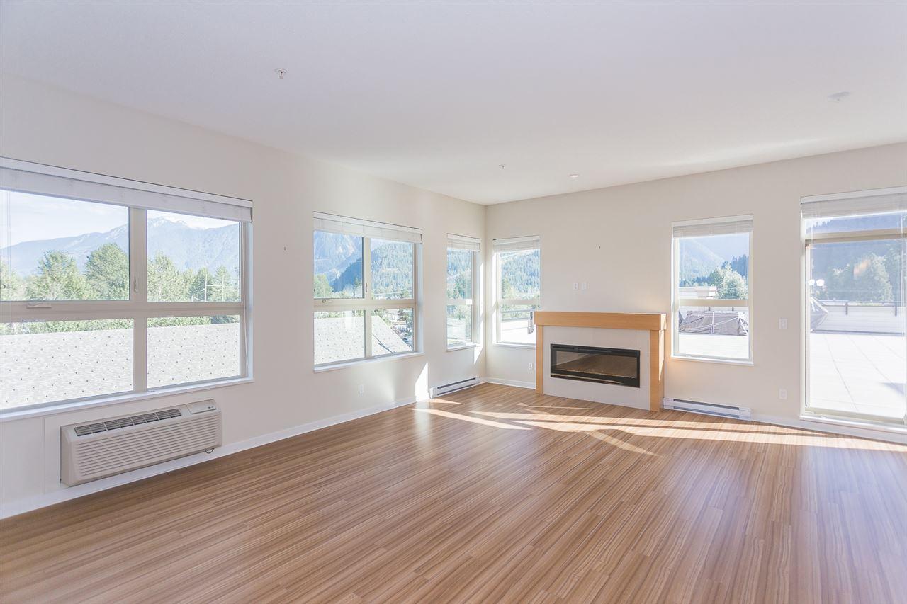 Condo Apartment at 404 7445 FRONTIER STREET, Unit 404, Pemberton, British Columbia. Image 4