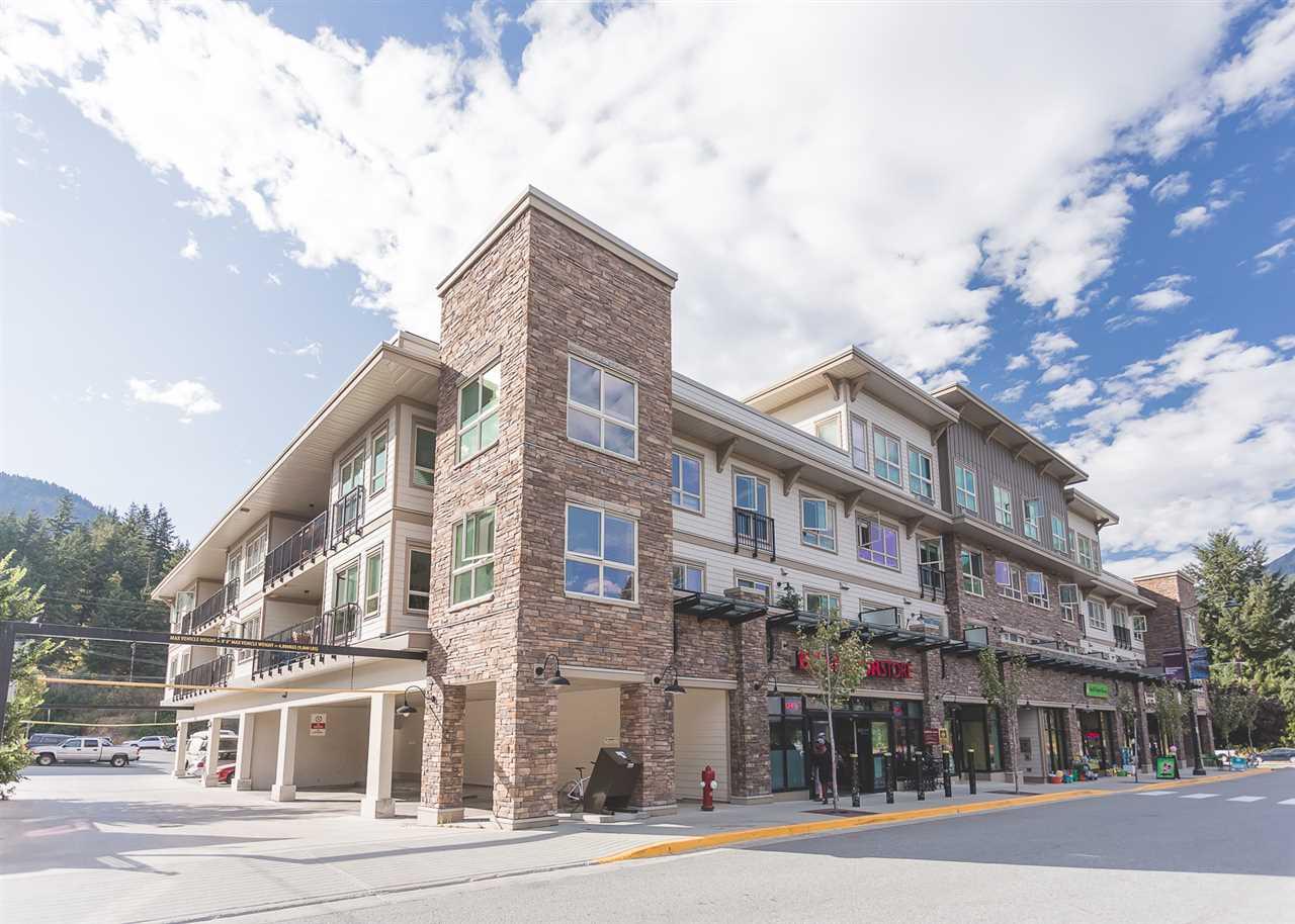 Condo Apartment at 404 7445 FRONTIER STREET, Unit 404, Pemberton, British Columbia. Image 19