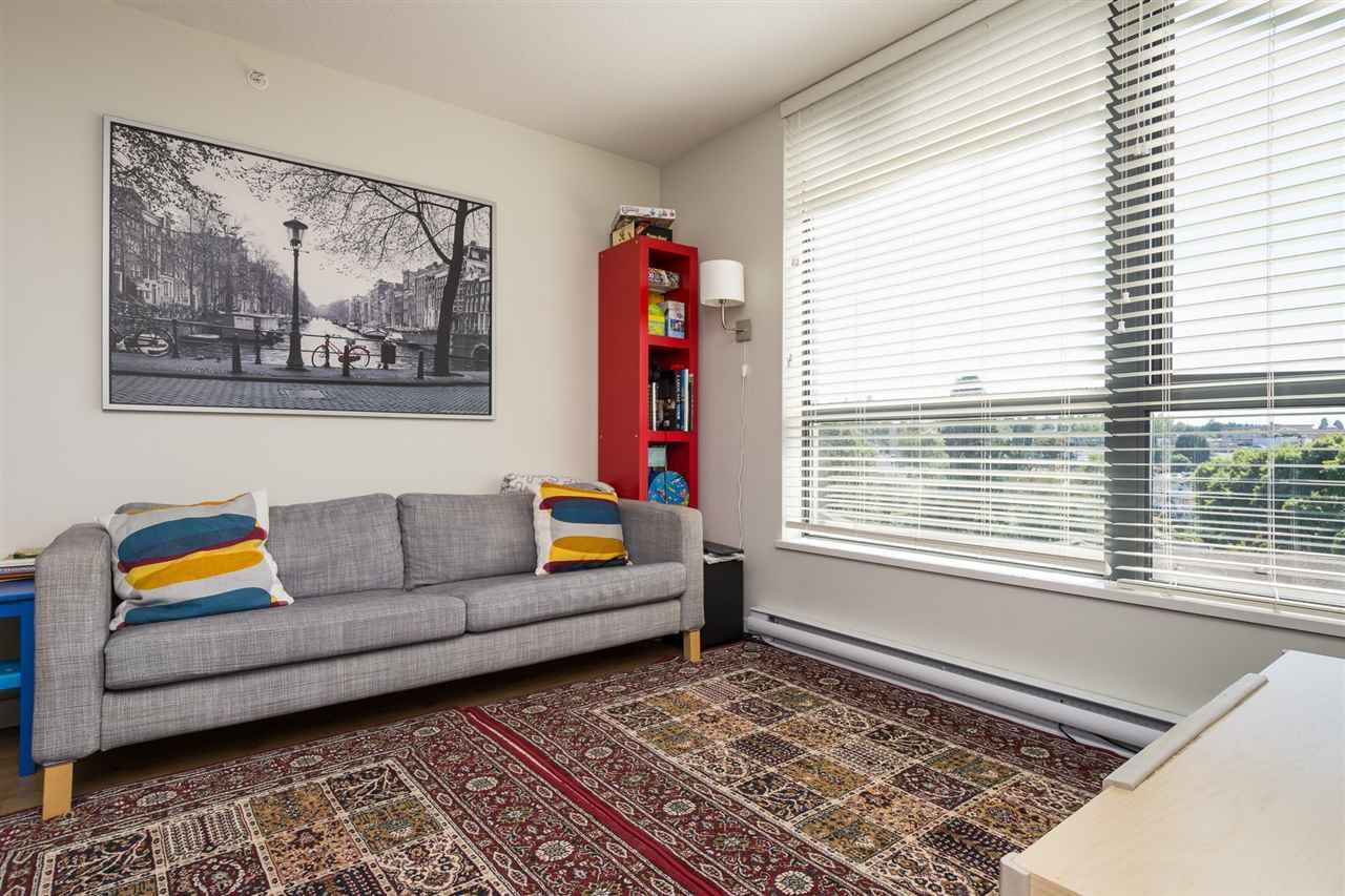 Condo Apartment at 707 3588 CROWLEY DRIVE, Unit 707, Vancouver East, British Columbia. Image 5