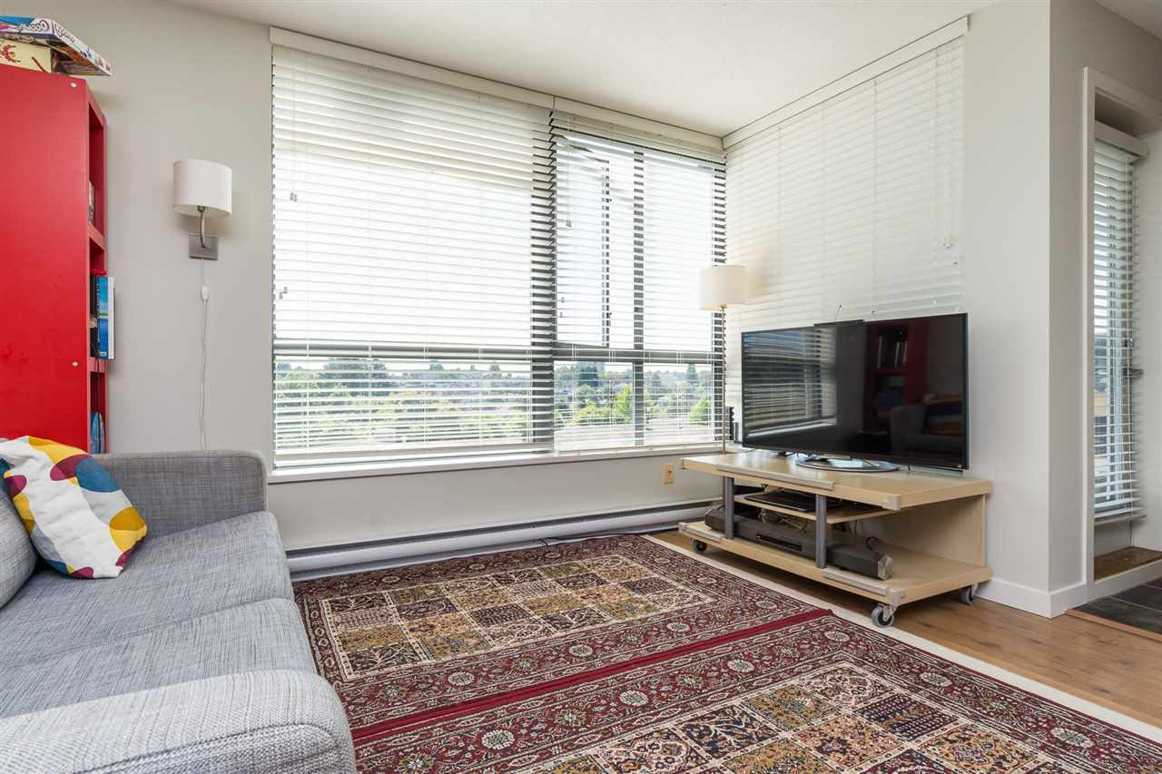 Condo Apartment at 707 3588 CROWLEY DRIVE, Unit 707, Vancouver East, British Columbia. Image 6