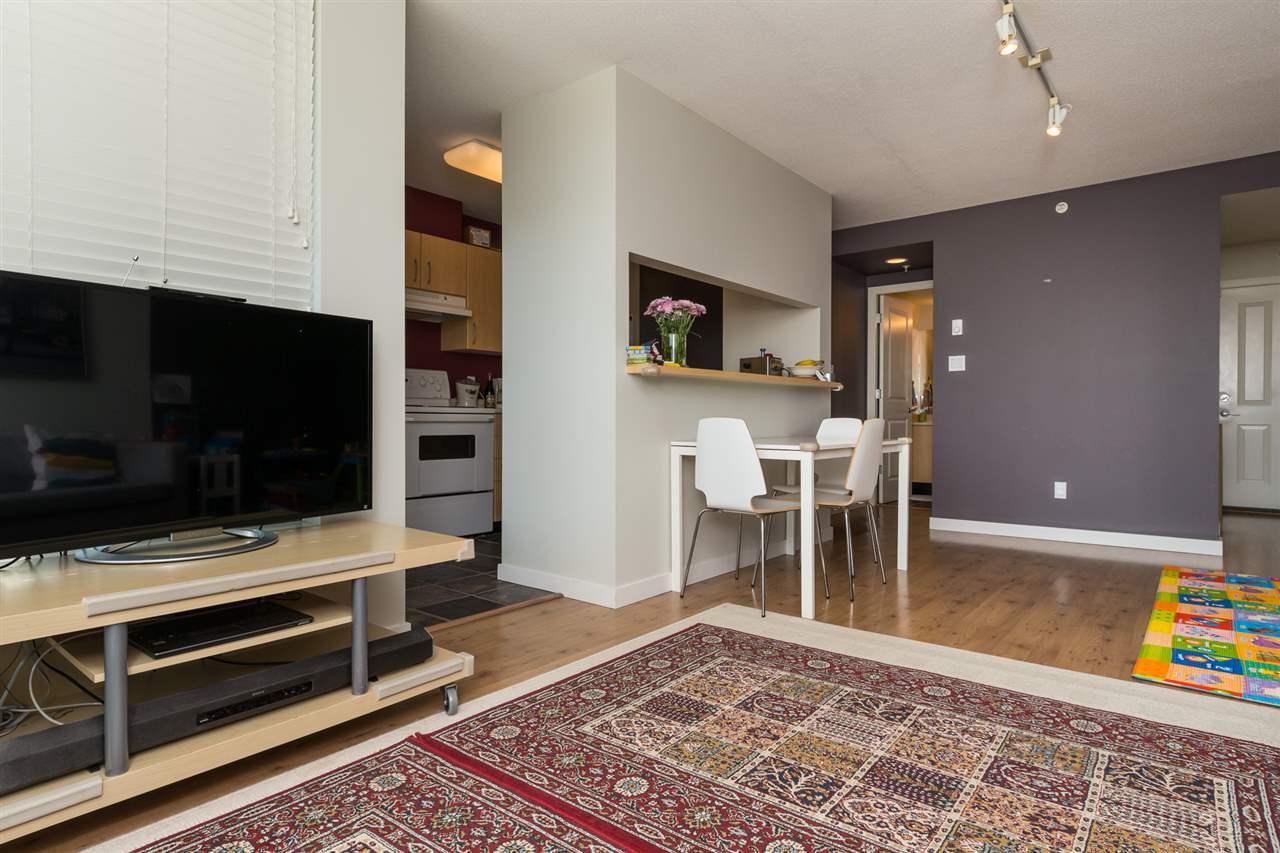 Condo Apartment at 707 3588 CROWLEY DRIVE, Unit 707, Vancouver East, British Columbia. Image 7