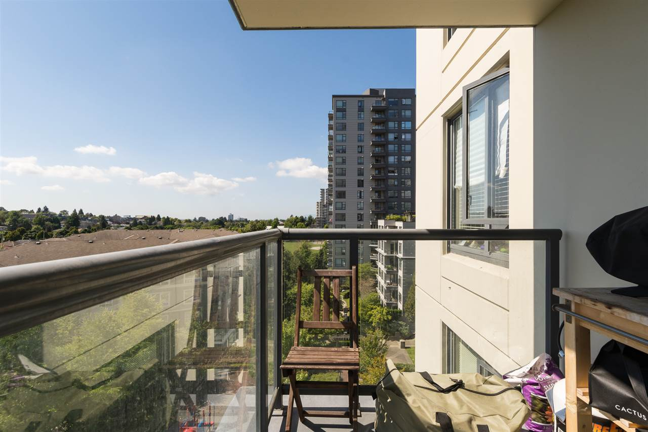 Condo Apartment at 707 3588 CROWLEY DRIVE, Unit 707, Vancouver East, British Columbia. Image 18