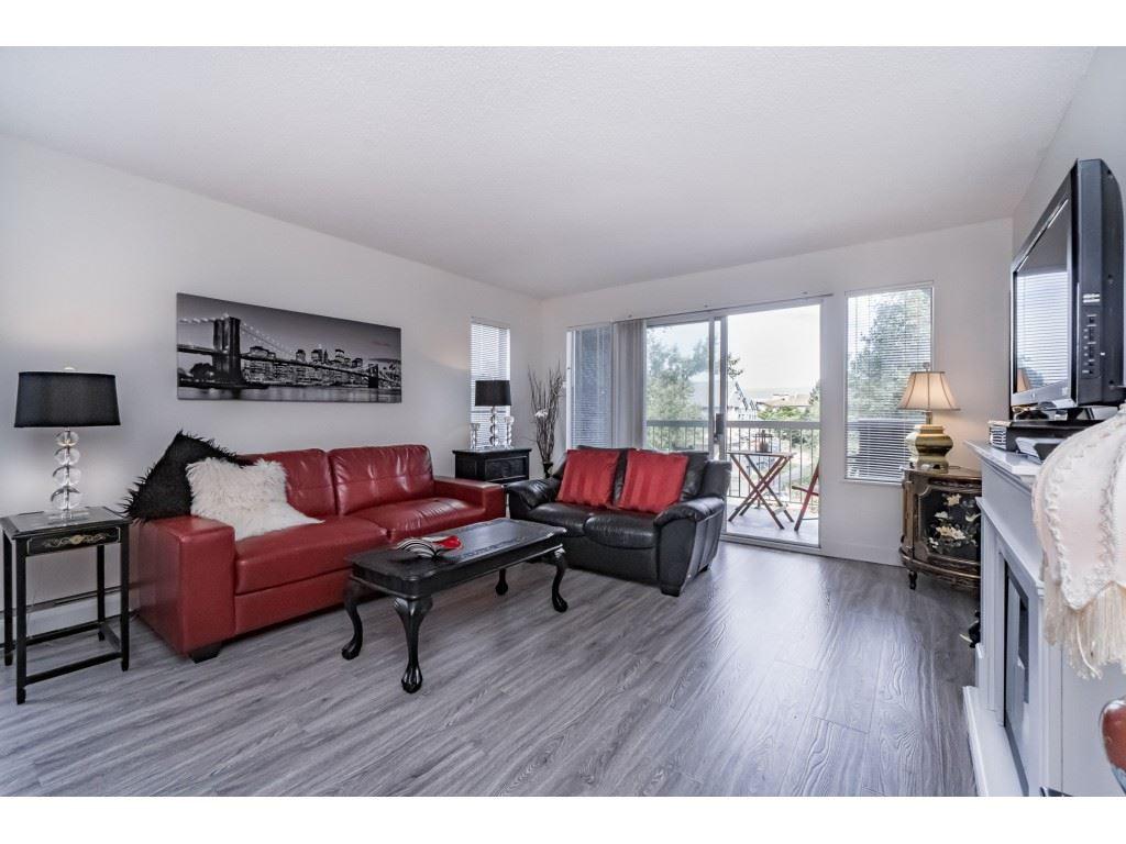 Condo Apartment at 306 5700 200 STREET, Unit 306, Langley, British Columbia. Image 5