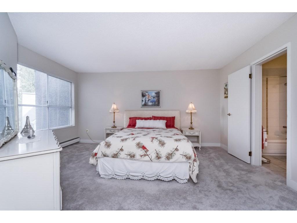 Condo Apartment at 306 5700 200 STREET, Unit 306, Langley, British Columbia. Image 14