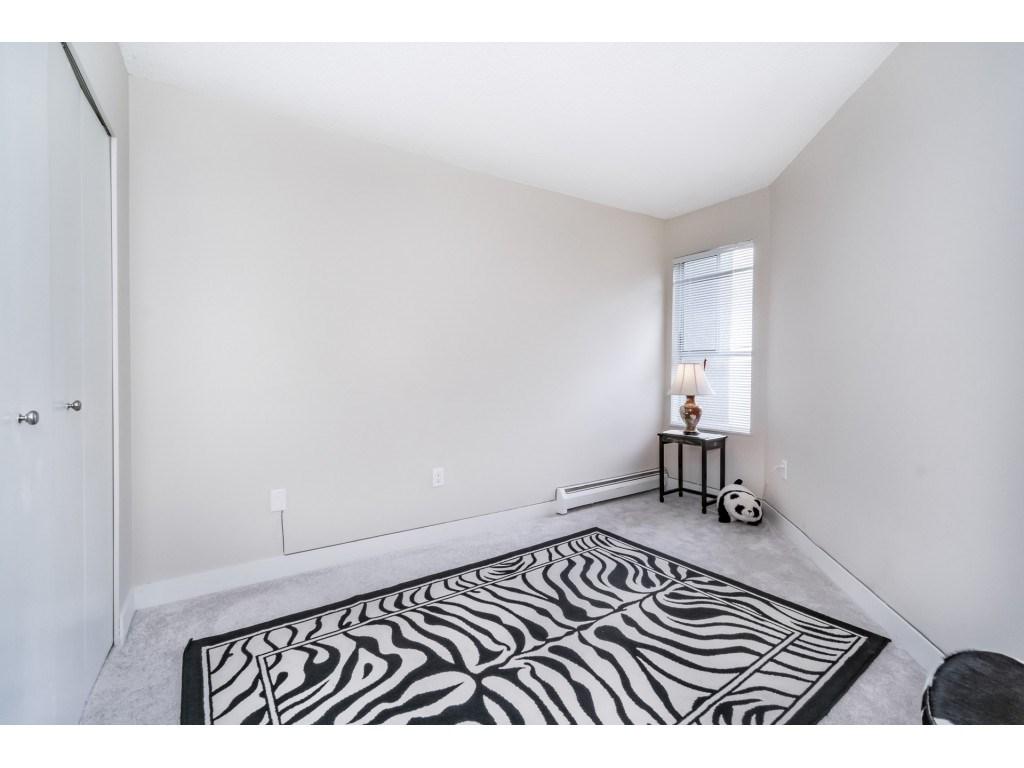 Condo Apartment at 306 5700 200 STREET, Unit 306, Langley, British Columbia. Image 17