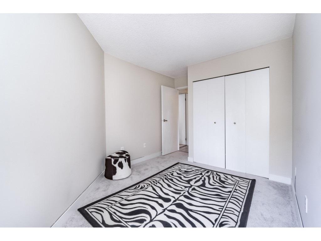 Condo Apartment at 306 5700 200 STREET, Unit 306, Langley, British Columbia. Image 18