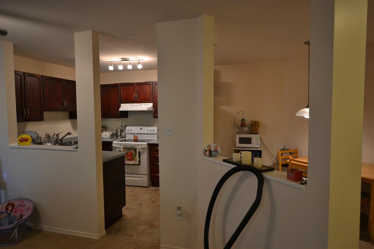 Condo Apartment at 301 2964 TRETHEWEY STREET, Unit 301, Abbotsford, British Columbia. Image 8