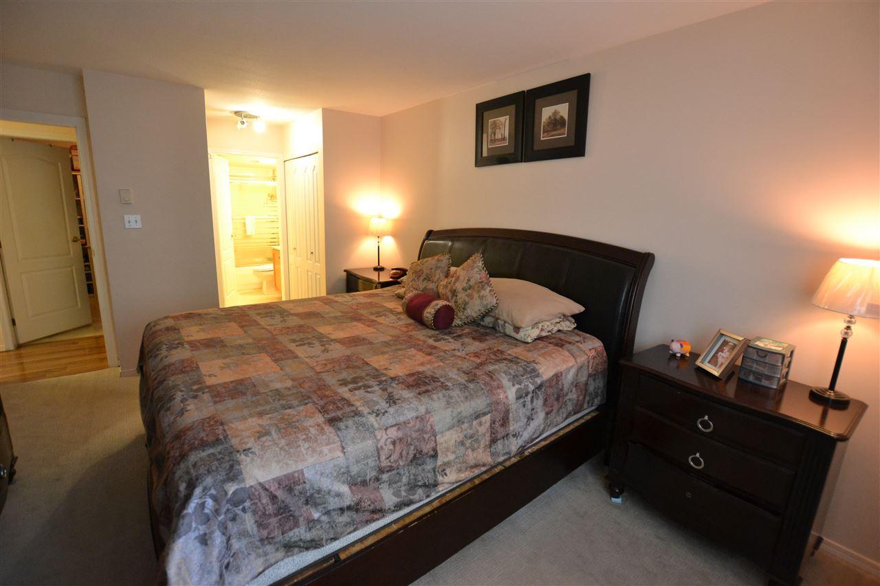 Condo Apartment at 301 2964 TRETHEWEY STREET, Unit 301, Abbotsford, British Columbia. Image 11
