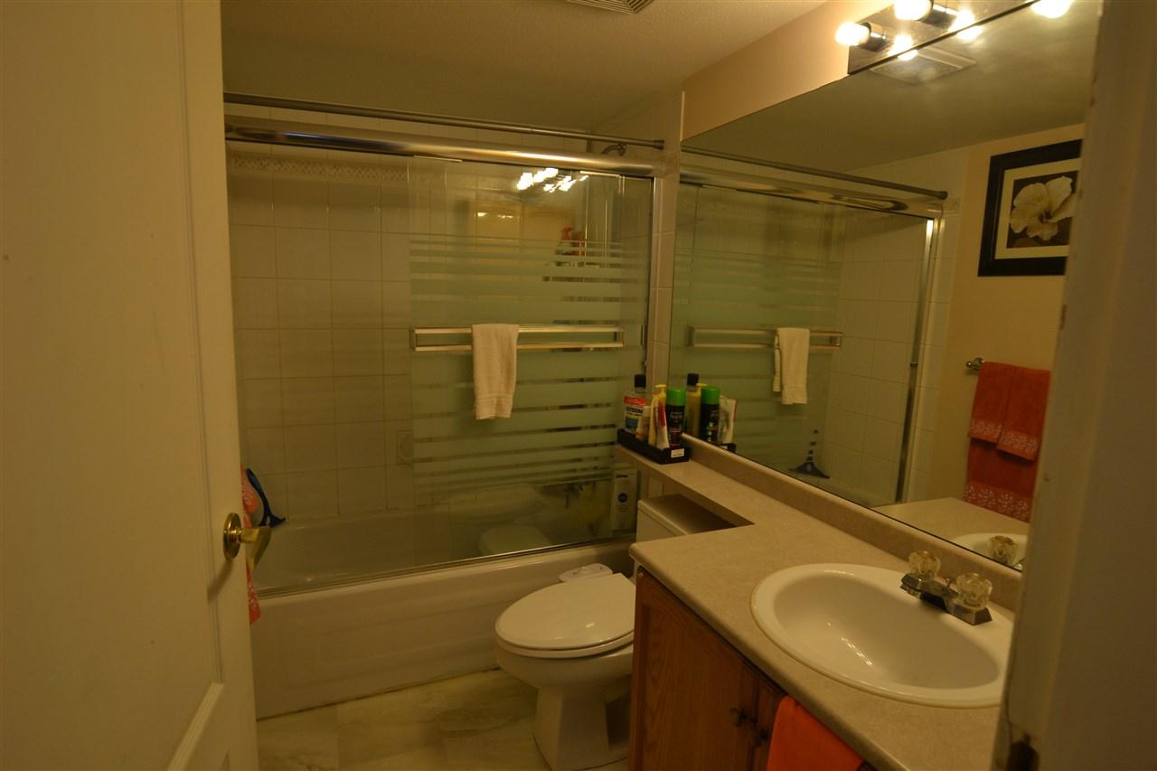 Condo Apartment at 301 2964 TRETHEWEY STREET, Unit 301, Abbotsford, British Columbia. Image 13